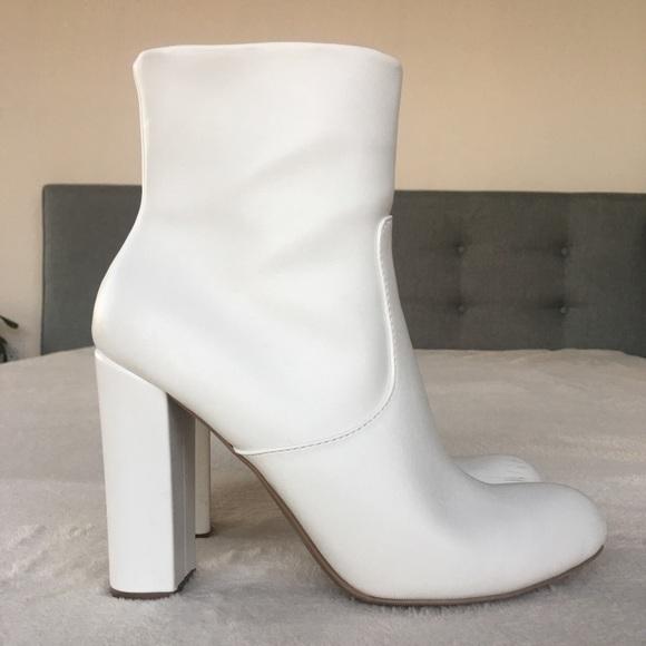 Shoes | Womens White Emelia Booties